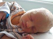 Jiří Eser se narodil mamince Nikole Eserové z Mostu 24. října 2018 v 10.00 hodin. Měřil 50 cm a vážil 2,78 kilogramu.