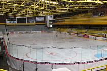 Zimní stadion se možná zaplní i během venkovních zápasů. Klub je chce vysílat na obrazovce.