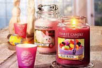 Tyto a další druhy svíček se budou vyrábět na Mostecku.