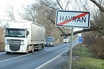 Obec Havraň, silnice I/27.