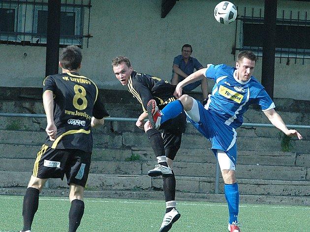 Litvínov (v černém) čeká finále Severočeského poháru.