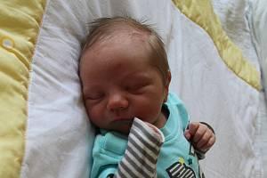 Filip Kováč se narodil mamince Petře Menzlové z Mostu 20. srpna ve 3.25 hodin. Měřil 52 cm a vážil 3,3 kilogramu.