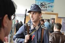 Výstava o 2. světové válce v Oblastním muzeu v Mostě.