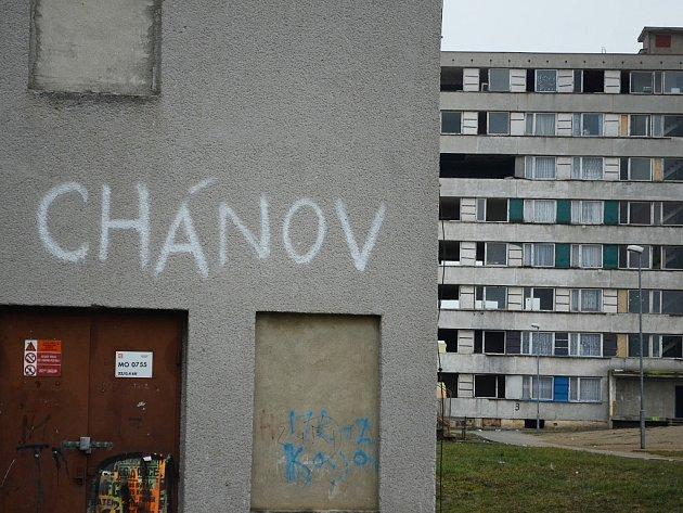 Mostecké sídliště Chánov, označované jako romské ghetto