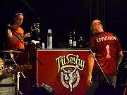 Tři sestry zahrály v litvínovském areálu Loučky