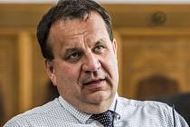 Ministr průmyslu a obchodu Jan Mládek poskytl 25. června v Praze rozhovor Deníku.