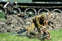 Rudá armáda rozprášila vojsko Wermachtu a SS a nezabité vojáky vzala do zajetí.