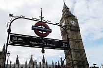 Mostečané jeli okrást Mostečana až do Londýna.