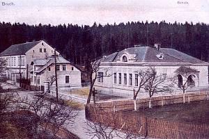 V dalším díle seriálu Jak jsme žili v Československu se zase po čase podíváme do města Lom u Mostu.