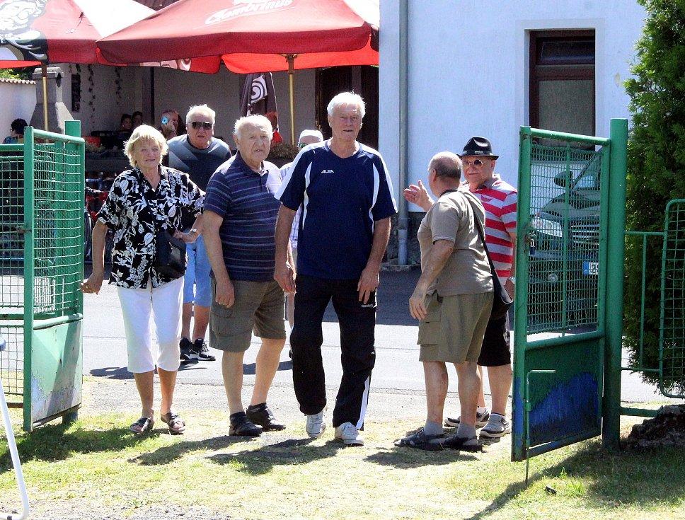 Fotbalové utkání mezi krušnohorskými jedenáctkami zažila v sobotu 1. srpna obec Brandov.