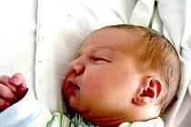 Mamince Marii Žampachové z Litvínova se 23. června v 15.25 hodin narodil syn Matěj Jan Žampach. Měřil 54 centimetrů a vžáil 3,78 kilogramu.