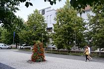 """Litvínov dá na náměstí první """"chytrou"""" lavičku"""