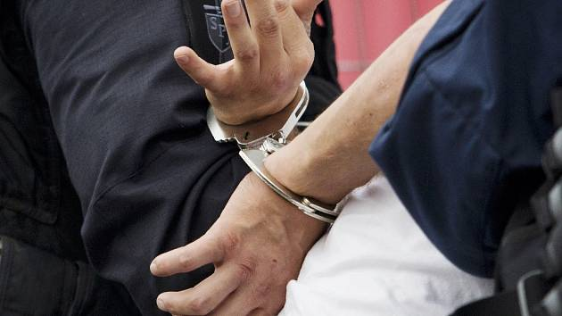 Zatčení.