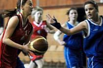 Basketbalistky Mostu v zápase proti Teplicím.