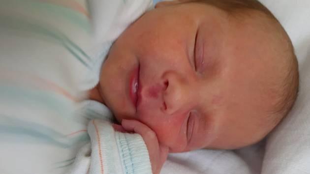 Radek Wurdak se narodil mamince Pavle Wurdak z Černčic 5. června v 7.05 hodin. Měřil 49 cm a vážil 2,73 kilogramu.