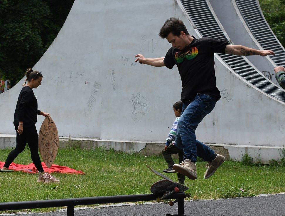 V mosteckém parku Střed se konala akce se sportem, hudbou, tvořením a besedou s architekty