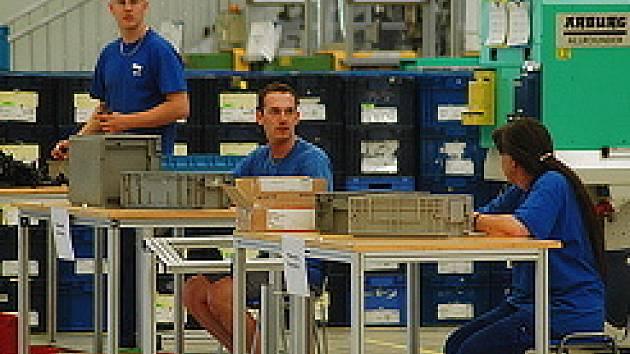 Zaměstnanci firmy ROS při práci.