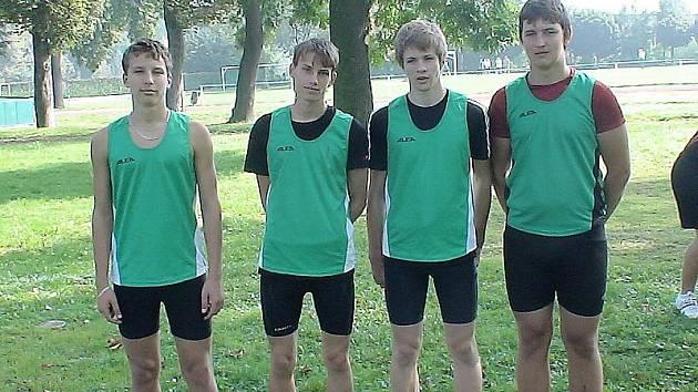 Mostečtí atleti zleva Podkul, Canini, Kováč a Houška.
