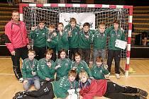Mostečtí mladší žáci na turnaji v Bratislavě.