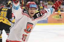 Hradečtí hokejisté srovnali sérii s Litvínovem na 1:1.