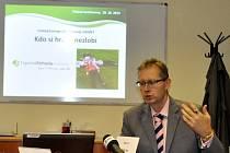 Milan Boháček, generální ředitel společnosti United Energy, oznámil vyhlášení grantu.