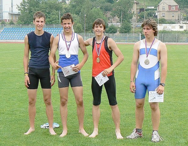Atleti z AK Litvínov na přeborech v  Ústí nad Labem.