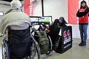 Na závodním okruhu Autodromu Most se uskutečnila akce Řídíme to všichni, kterou pořádala pro handicapované řidiče nezisková organizace Cesta za snem.