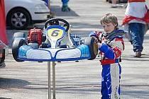 Mladý jezdec Dan Skočdopole z HKC Racing Teamu.