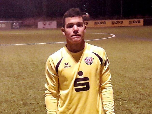 Hráč Mosteckého fotbalového klubu Zdeněk Holdy má za sebou velmi úspěšné vystoupení v dresu bundesligového SG Dynamo Dresden U15