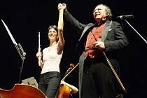 Petr Macek a flétnistka Isabelle Prain.