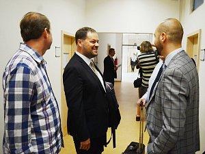 Ministr Richard Brabec svědčil u mosteckého soudu