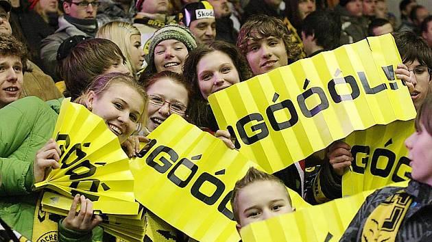 Budou se takhle radovat litvínovští fanoušci i ve druhém zápase předkola play - off?