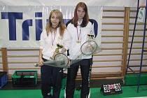 Jana Mladá a Zuzana Jeřichová vybojovaly první místo ve čtyřhře dívek.