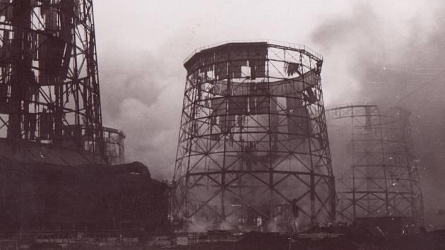 Před sedmdesáti lety se v plamenech ocitla i litvínovská chemička.