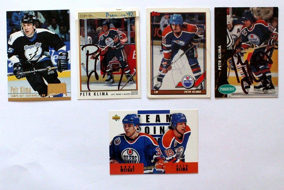 Sportovní kartičky se vrací. Vyráběly se, stále vyrábí a sbírají i u nás. Kartičky s Petrem Klímou.
