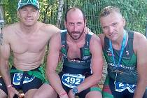 Triatlonisté z Krušnomana zleva Martin Student, Jan Paparega a Tomáš Langhammer.