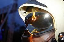 Hasiči varují před nebezpečím požárů při pořádání zábavných akcí spojených s pálením čarodějnic.
