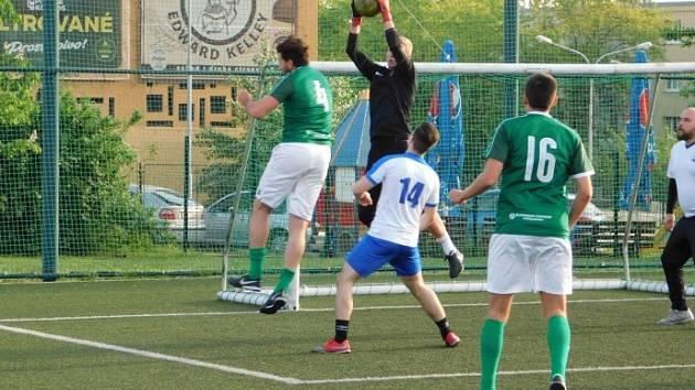 Hráči v Mostecké lize malé kopané.
