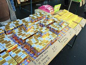 Na trzích v Mostě nabízejí levné polské máslo