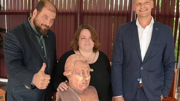 Odhalení busty F. L. Gassmanna v Mostě.