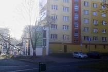 Blok 265 naproti obchodnímu domu Rozkvět v centru Mostu