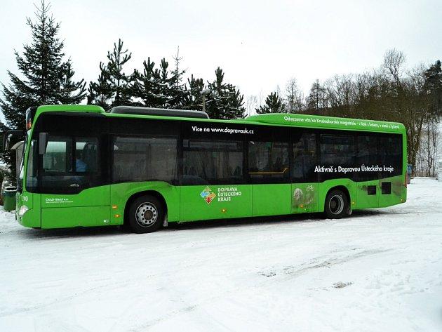 Autobusy jezdí pozdě, postrádáme některé spoje. Starostové mají spoustu výhrad.