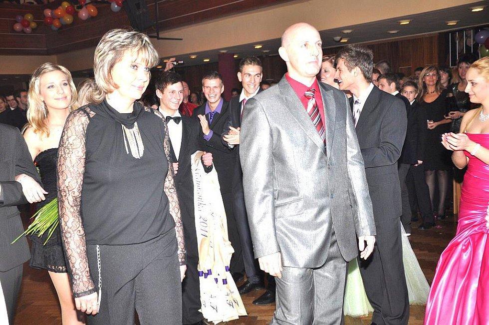 Ples OA a SpgŠ Most – 7. ledna 2011.