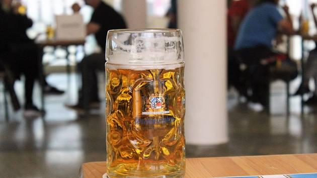 Právě vyšla kniha o krásných pivech.