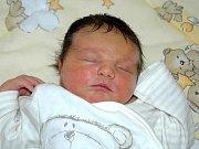 Mamince Michaele Mrázové z Bíliny se 3. listopadu ve 22.30 hodin v Mostě narodil syn Adam Sysel. Měřil 55 centimetrů a vážil 4,3 kilogramu
