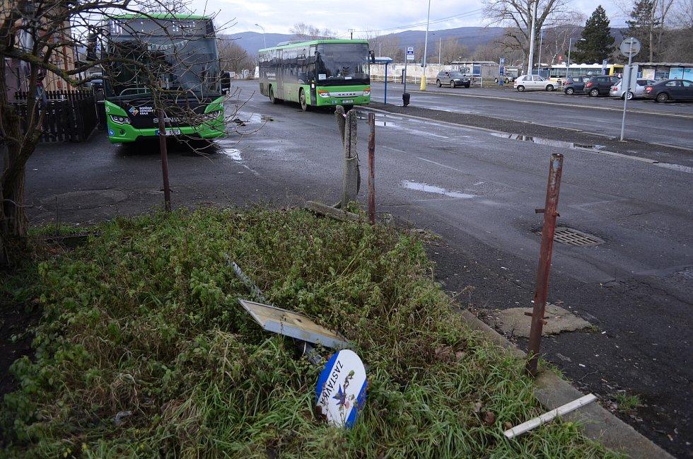 Staré autobusové nádraží v Litvínově zmizí. Nahradí ho dopravní terminál propojený s vlakovou stanicí.
