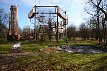 Zábavní areál Funpark na Šibeníku v Mostě je už měsíc zavřený.