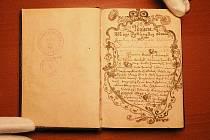 Exponátem měsíce února v Oblastním muzeu a galerii v Mostě je vzácný rukopis nacházející se ve sbírkovém fondu muzejní knihovny.