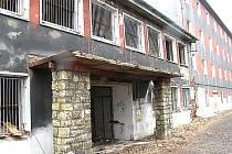 Město nikdy nebylo majitelem dnes již rozpadajícího se objektu, přesto se všemožně snaží zabránit tomu, aby poničená budova ohrožovala okolí.