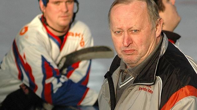 Trenér mosteckých hokejbalistů Oldřich Obrtlík.
